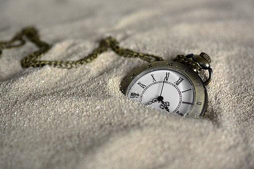 強制的に勉強できる部屋にする30分砂時計の活用法