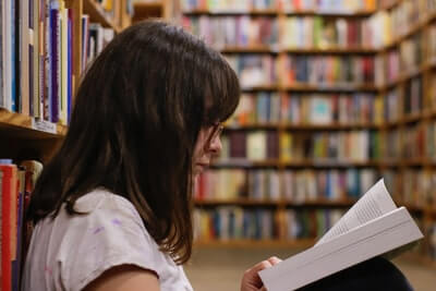 『読書は意味ない』は嘘|本当の読書とは?