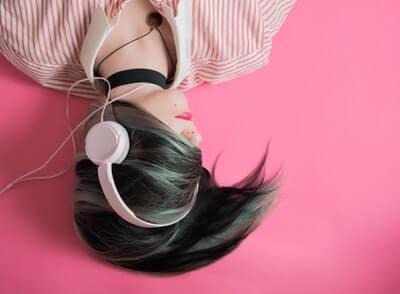 結論|音声で読書を楽しみたいならどうすればいい?