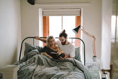 寝る前の読書を習慣化する方法