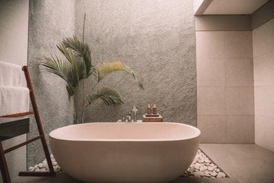 お風呂で読書を楽しむと得られる効果やメリットは?